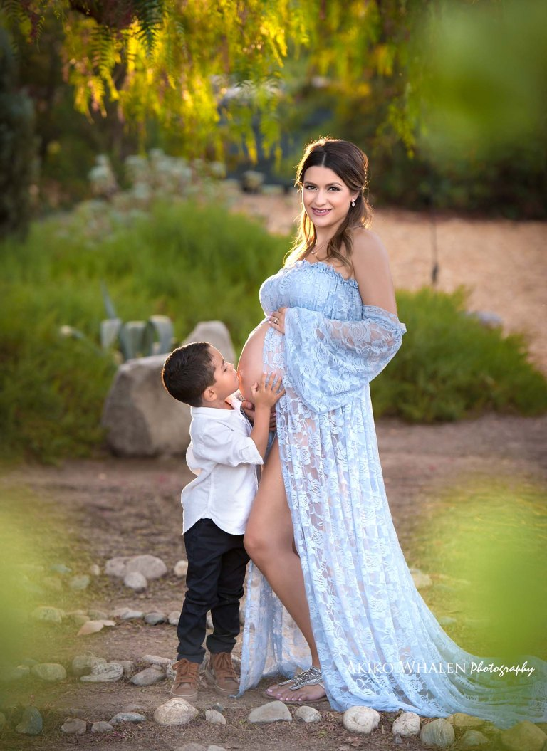 baby and family photography, on location photographer in Los Angeles, Modern baby, capturing baby's growth, capturing children and family's growth,