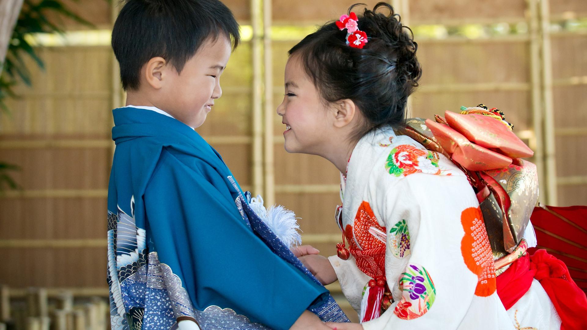 A twin in Japanese Kimono, Shichi Go San, Children in Kimono,