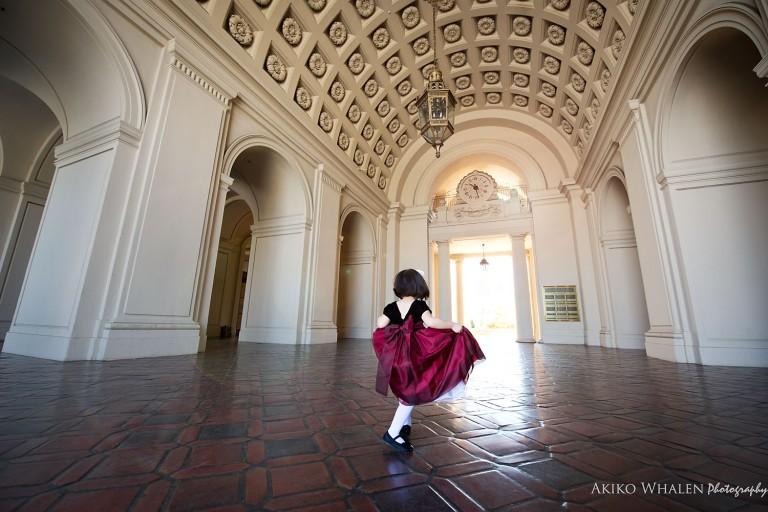 Family photo session at the Pasadena City Hall,
