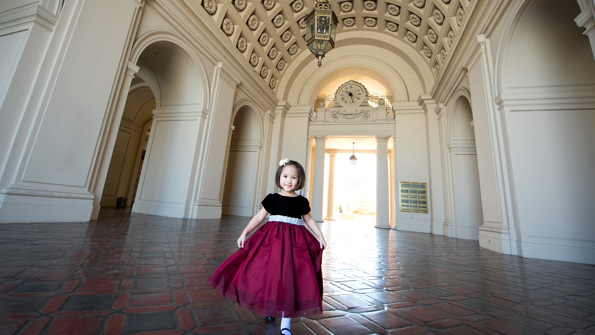 Family Photo Session at the Pasadena City Hall