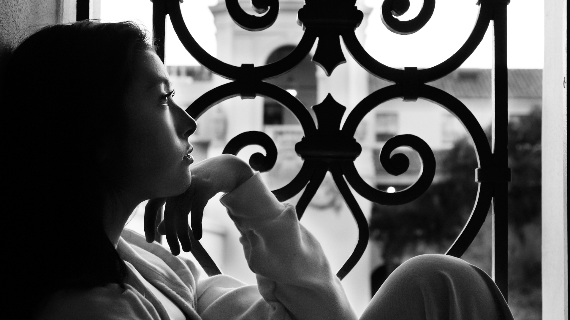 Sweet 16, Sweet Sixteen Portraits, On location photography in Pasadena, Pasadena City Hall, Los Angeles Portrait Photographer,