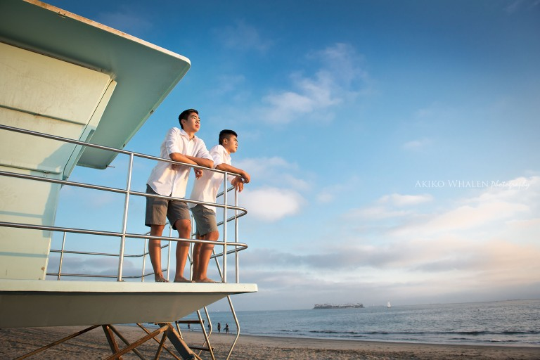 family portraits, long beach, los angeles family portrait photographer, family portraits on location, family portrait on the beach, modern family portraits, akiko whalen photography, before my boys leave my nest,