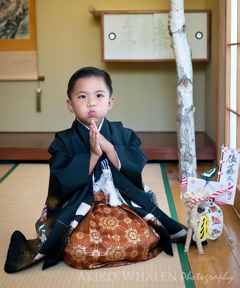 Shichi Go San, boys in kimonos, boy in kimono, family portraits in Los Angeles, Kimono no Kobeya, Asahi Gakuen, Kodomonoie in San Gabriel, Higashi Hongan Ji in Los Angeles, Koyasan in Los Angeles,