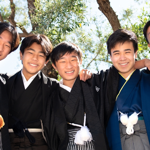 asahi gakuen, asahi gakuen los angeles, asahi, asahi gakuen graduation, boys in kimono, boys in hakama, kimono rental, class of 2021, los angeles portrait photographer, on location photography, graduation photography, teens,